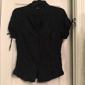 Women's black T-shirt blouse. Medium. Button up
